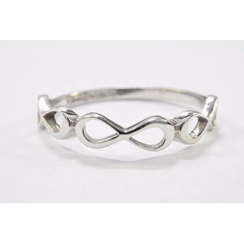 Infinity Band in .925 Solid Sterling Silver Ring