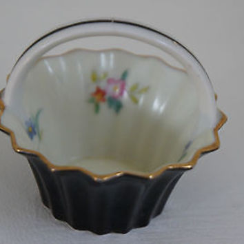 Vintage 1920s MORIMURA NORITAKE Japan hand painted Black miniature basket dish