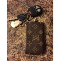 Louis Vuitton Monogram Canvas Key Pouch M62650 G