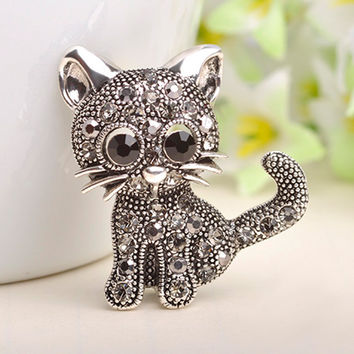Cute Little Cat Brooches Pin Up Jewelry For Women