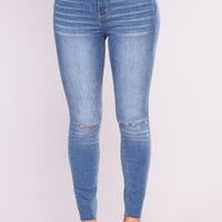 Cut To The Chase Crop Jeans - Medium Blue Wash