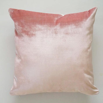 Pink Velvet Pillow Cover, blush pink throw pillow, pink velvet cover, velvet decorative pillow cover, light pink velvet pillow cover