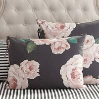 The Emily & Meritt Bed Of Roses Standard Sham