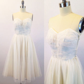 Ivory wedding dress-Sweetheart neckline- A line gown-Short tulle ballerina wedding- Retro bridal- 1950s- Extra small/ Petite