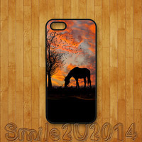 iphone 5C case,horse,iphone 5S case,iphone 5 case,iphone 4 case,iphone 4S case,ipod 4 case,ipod 5 case,blackberry Z10 case,Q10 case
