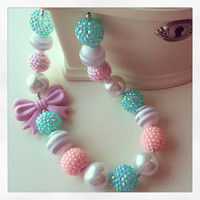 FREE SHIPPING - Mint Green, Pink, and Pearl Chunky Bubblegum Necklace with Bow