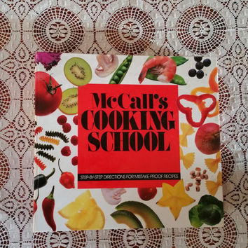 McCall's Cooking School Sections 1-12 Five Ring Binder 1992
