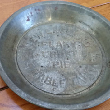 Vintage Table Talk New England Flaky Pie Crust Pie Tin 5 Cent Deposit Massachusetts Baking Decor Mothers Day House Warming Wedding Gift