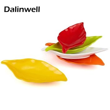 Lovely Candy Color Ice Crack Glaze Banana Leaf Shape Sushi Fruit Dish Plastic Snacks Barbecue Plates Kitchen Flatware Tableware