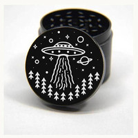 Laser Engraved Herb Grinder - UFO Take Me With You Artwork Design 4 Piece Grinder #116