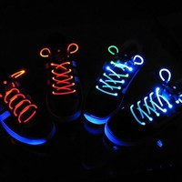 INFMETRY:: LED Flashing Party Shoelaces - Electronics