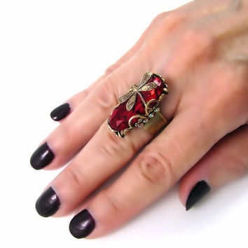 Red dragonfly ring, Statement ring, antique brass filigree ring with vintage glass stone, adjustable cocktail ring, Art Deco style jewelry