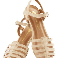 ModCloth Wow the Crowd Sandal in Beige