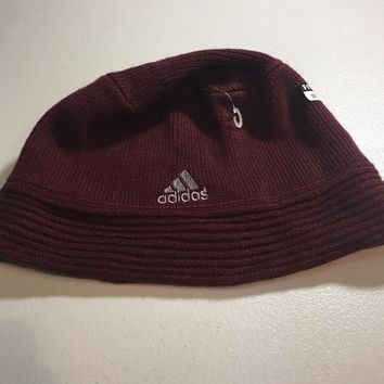 BRAND NEW ADIDAS MAROON SMALL/MEDIUM KNIT HAT SHIPPING