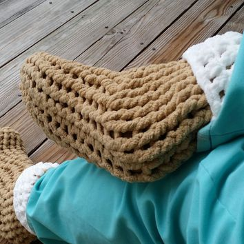 b2af932512dc AG S Crochet Slipper Socks and House Shoes