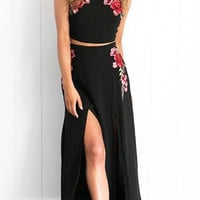 Embroidered vest harness with a long skirt dress two sets of women JM0628