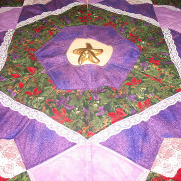 Christmas Tree Skirt Quilt    Winter Flowers    26 by QuiltinWaYnE