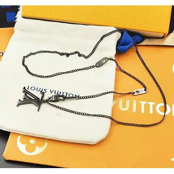 LV Louis Vuitton New fashion letter couple personality necklace Black
