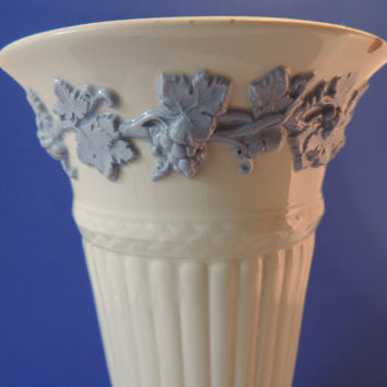 Queensware by Wedgwood Vintage Vase