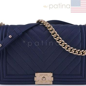 New 17K Chanel Navy Blue Caviar Chevron Boy Flap New Medium Bag 62520