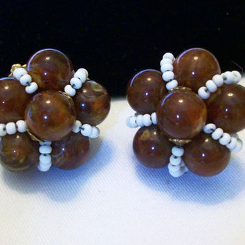 MIRIAM HASKELL Jewelry Earrings Brown White Lucite Glass Bead Flower Gold Plate