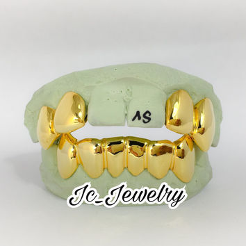 4 Top Solid Gold Style and 6 bottom Gold grillz made in white, rose or yellow gold, 10k, 14k Solid Gold Grill or even silver Grillz
