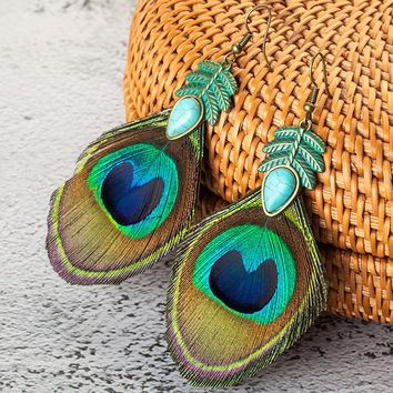 New Hot Ethnic Simple Retro Leaves Green Leaf Earrings Nature Stone Long Tassel Peacock Feather Earrings For Women Brincos 2018