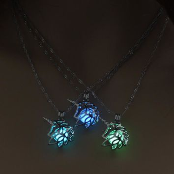 Punks Style Jewelry with Glow in the Dark Silver Plated Unicorn Shaped Statement Choker Long Pendant Necklace for Unisex