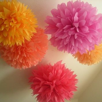 Punch Drunk Love ... 5 tissue paper poms // wedding decorations // birthday // nursery // diy  // party decorations