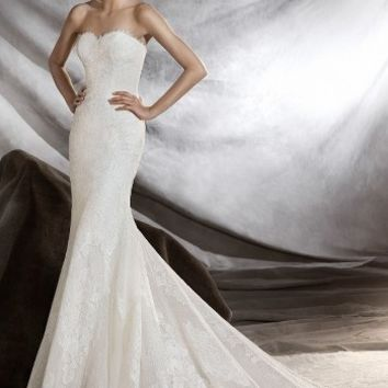 Pronovias Orilla Strapless Lace Tulle Mermaid Gown (In Stores Only) | Nordstrom