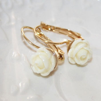 Cream Rose Bud Earrings, Ivory Cream cute Rose Earrings, Gold leverback Feminine Earrings with Cream Roses, Etsy gift