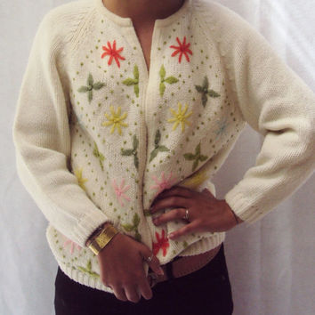50s Floral Cardigan Sweater / Boho Sweater / RETRO Sweater