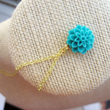 Turquoise Flower Blossom Necklace