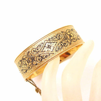 Taille d Epargne Hinged Bangle Bracelet Victorian Revival Forties Jewelry