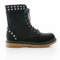 Studded Resistance Boots