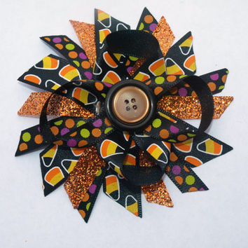 Halloween spray hair bow- trick or treat hair clip- bow with button