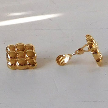 Chunky Gold Plated Monet Square Clip On Earrings Vintage Costume Jewelry