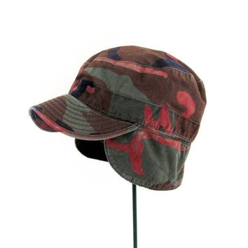 STOREWIDE SALE. vintage military hunting hat. camoflage hat. combat cap.