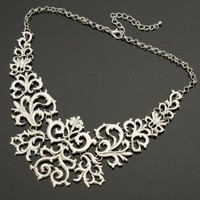Fashion Retro Silver Tone Chain Flower Vine Hollow Adjustable Bib Pendant Necklace