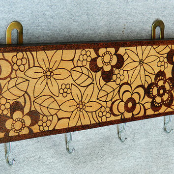 Wooden floral key holder jewelry hanger key rack pyrography beech wood Japanese style home decor