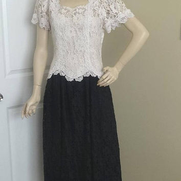 1980s Cachet by Bari Protas Glamourous Dress in Black & White Lace, Size 13/14, Drop Waist and Venise Lace Trim, Vintage Clothing, Bridal