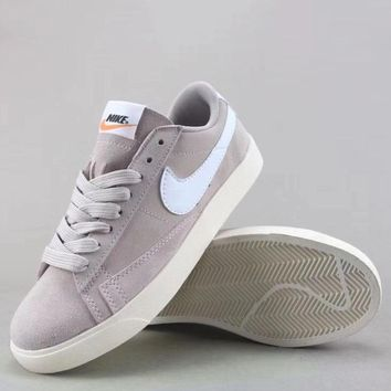 Wmns Nike Blazer Low Sd Fashion Casual Low-Top Shoes