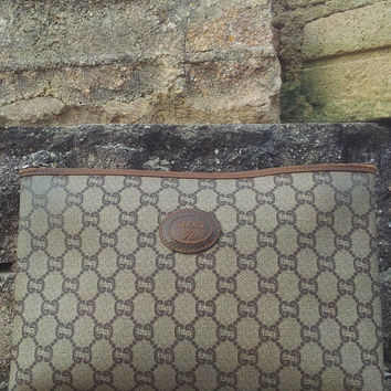 Authentic 1980s Vintage Leather GUCCI PLUS Monogram Make Up Clutch Bag Toiletry bag
