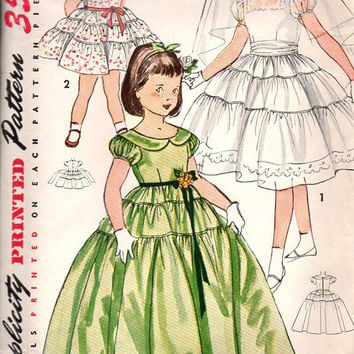 Simplicity 4135 Sewing Pattern 1950s Girls Tea Garden Dress Communion Flower Girl Wedding Full Circle Skirt Size 8