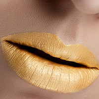 Kingdom Mettalic Gold Semi Matte Gloss Lipstain