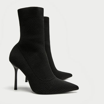 STRETCH FABRIC HIGH HEEL ANKLE BOOTS DETAILS