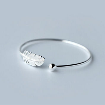 Feather restoring ancient ways 925 sterling silver opening bracelet,a personalized gift