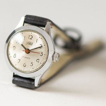Tiny little women watch Dawn, classical women watch 70s, minimalist watch for lady retro, woman watch small gift, new premium leather strap