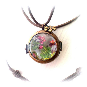 Long Fairy Garden Glass Locket Pressed Flower Necklace Botanical Woodland Real Wildflower Alaskan Alpine Dried Flower Pendant Reversible