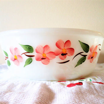 Gay Fad 2 Quart Peach Blossom Casserole, Anchor Hocking Peach Blossom Baking Dish, Fire King Peach Blossom Milk Glass Casserole Pink Flowers